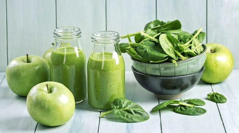 zielone smoothie właściwości